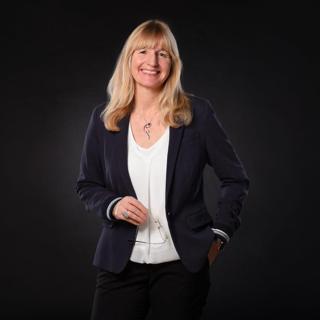 Dr. Cornelia Stapff